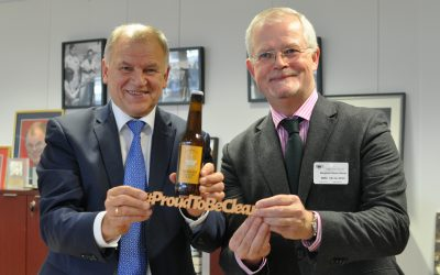 EU Health Commissioner Receives Specially Brewed #ProudToBeClear Beer
